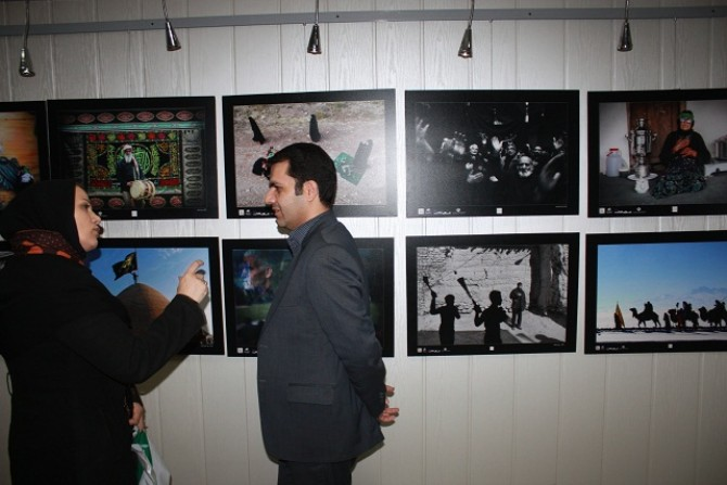 افتتاح نمایشگاه نخستین سوگواره عکس عاشورائی درشهرستان شهریار
