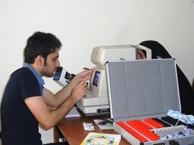 اجرای «طرح سنجش بینائی» مسئولین تشکل های دینی و قرآنی شهریار