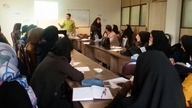 برگزاری کارگاه آموزشی مصاحبه طرح واره درمانی در شهرستان ملارد