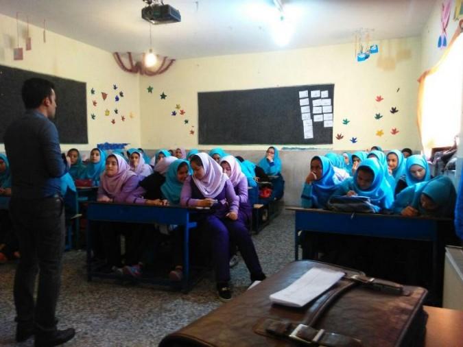 برگزاری کلاس آموزشی ارتباط موثر ویژه دانش آموزان در شهرستان ملارد