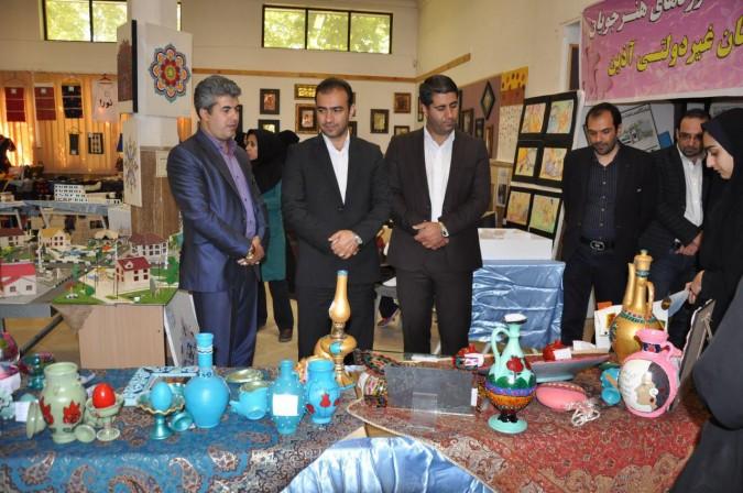 افتتاح نمایشگاه معرفی هفته مشاغل در هنرستانهای شهریار