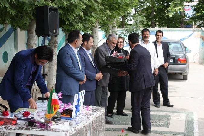 برگزاری جشن بزرگداشت مقام معلم دردبستان توحید کردزارشهریار