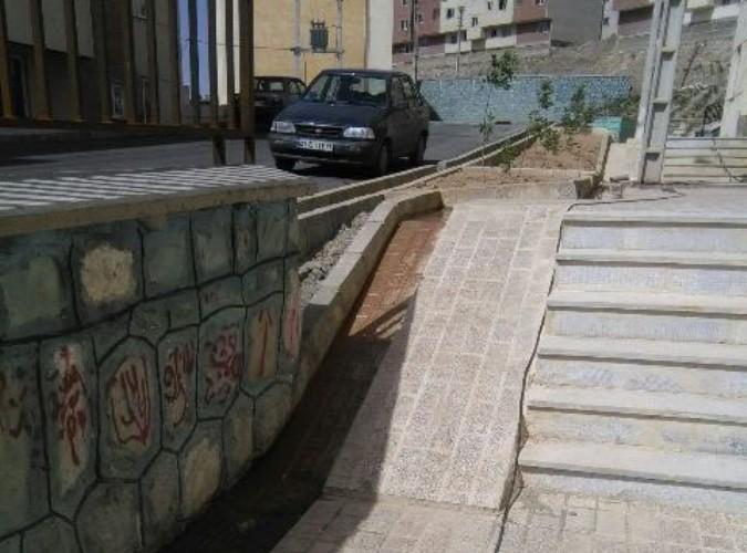 بازدید از اجرای طرح مناسب سازی در مسکن مهر صفادشت
