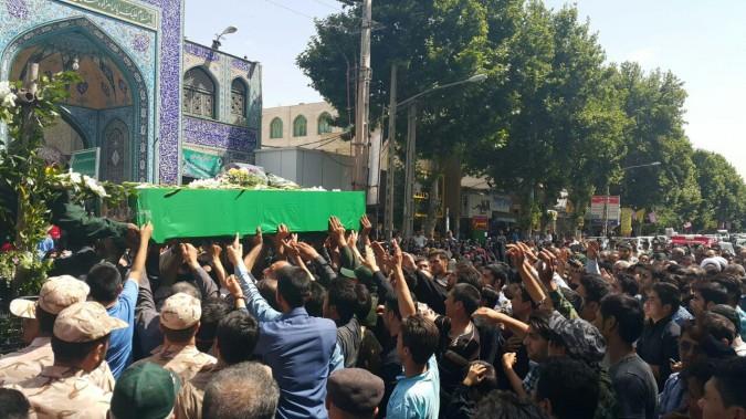 گزارش مصورتشییع هشتمین شهیدمدافع((شهیدمحمدهزاره ))