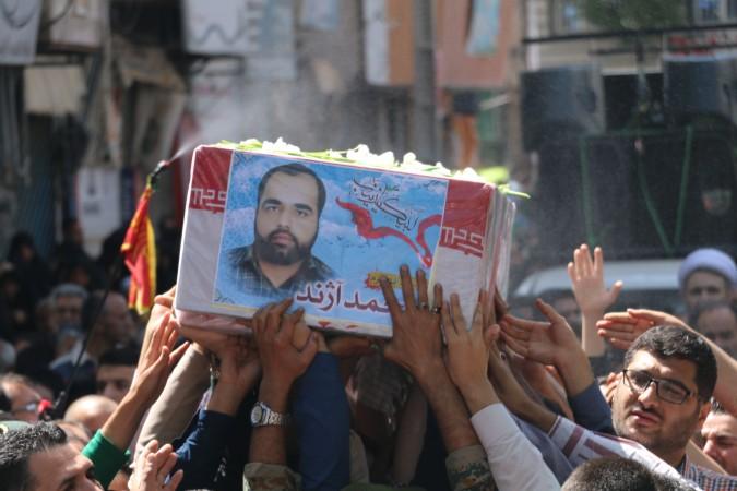 گزارش تصویری مراسم شب وداع وتشییع پیکرشهید مدافع حرم ( محمدآژند)) پس ازشناسایی درشهریار