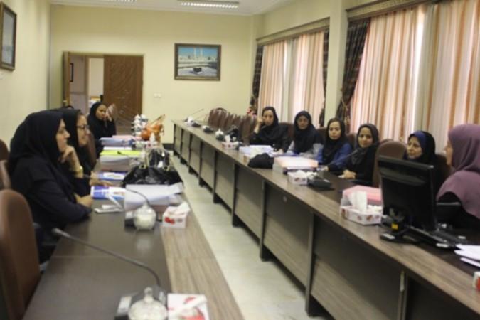 برگزاری دورههای خود مراقبتی ویژه مراقبین سلامت در شبکه بهداشت و درمان شهرستان شهریار