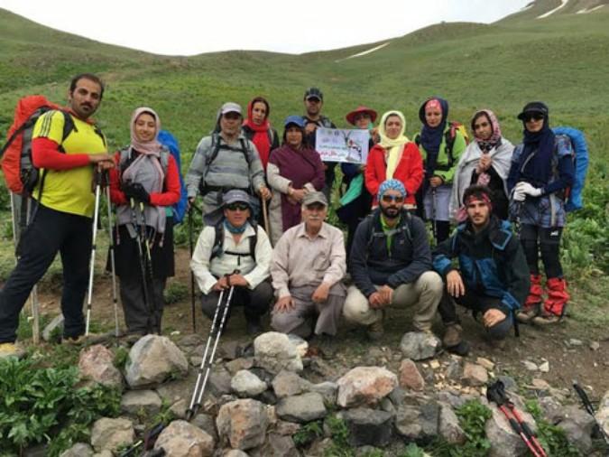 صعود گروه کوهنوردی شهریار به قله سوتک کوچک به مناسبت ماه مبارک رمضان