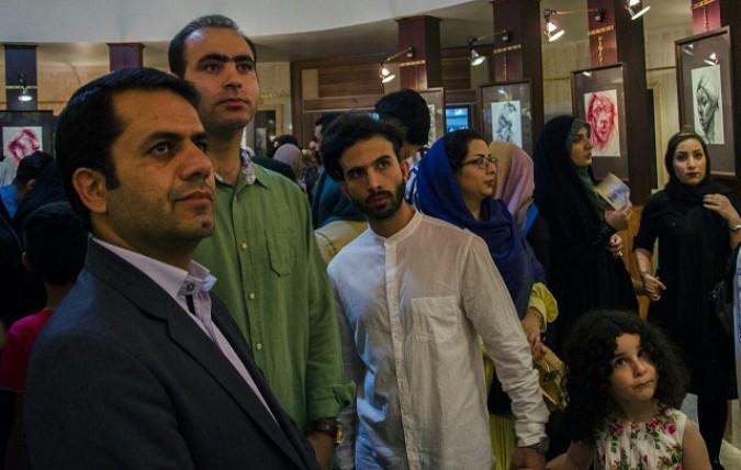 آئین افتتاح نمایشگاه  آثار طراحی ونقاشی  گروه آژنگ درشهرستان شهریار