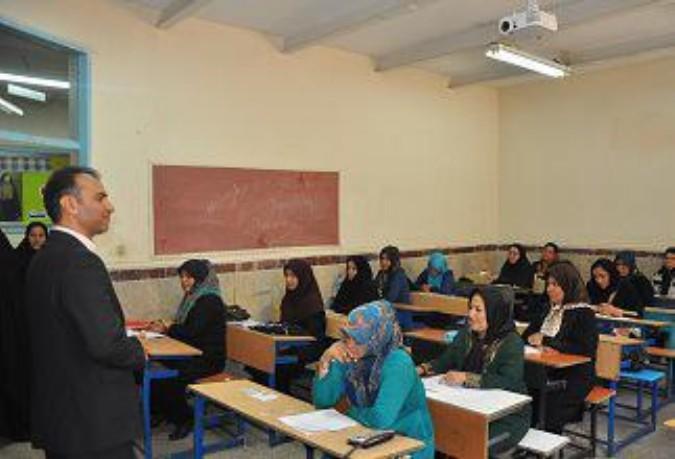 آموزش مهارتهای زندگی وتلاش برای کاهش شکاف طبقاتی درکسب مهارتها ازاولویتهای آموزش وپرورش است  .