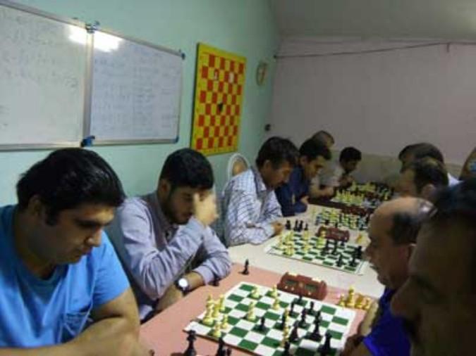 مسابقات هفتگی شطرنج در شهریار برگزار شد