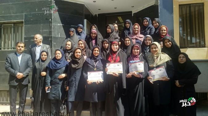 کسب مقام اول مسابقات دارت هفته دولت توسط بانوان شبکه بهداشت و درمان شهرستان شهریار