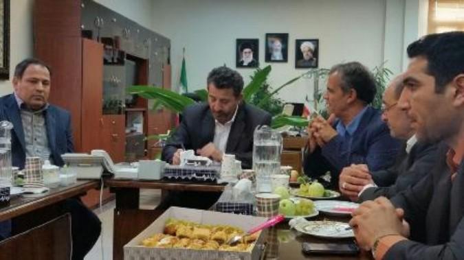 دیدار شهردار و اعضاء شورای اسلامی با معاونت فرمانداری