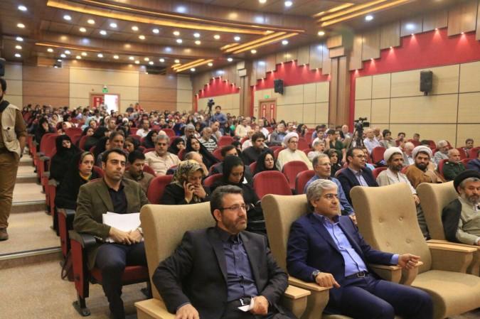 گزارش تصویری از همایش تجلیل از آزادگان سر افراز شهرستان شهریار
