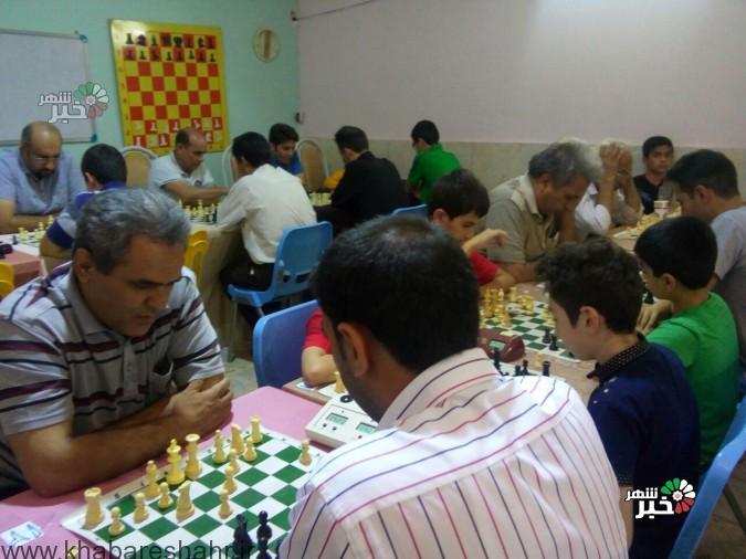 مسابقات شطرنج به مناسبت هفته دفاع مقدس در شهریار برگزار شد