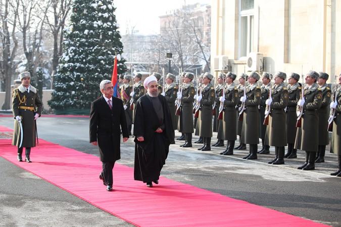 استقبال رسمی رییس جمهوری ارمنستان از دکتر روحانی