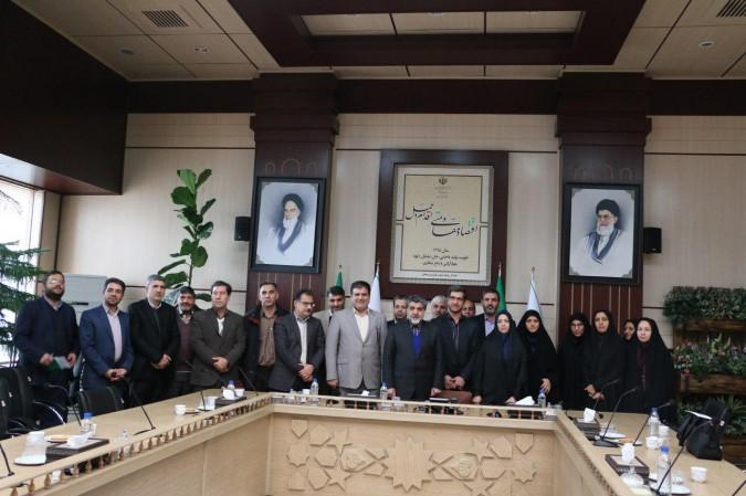 حوزۀ سوادآموزی شهرستان های استان تهران طرح های خوبی را اجرا کرده است