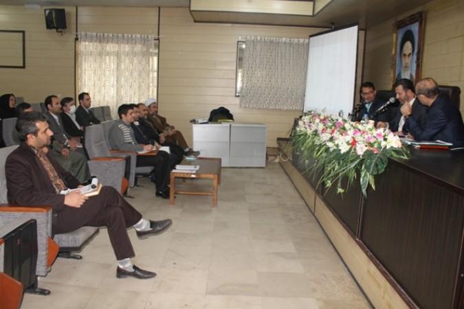 جلسه اقتصاد مقاومتی شهرستان قدس با حضور مهندس عشاقی رئیس دبیرخانه ستاد اقتصاد مقاومتی استان تهران