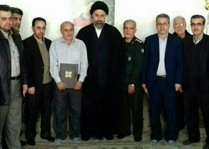 دیدار حجه الاسلام مروج امام جمعه اندیشه از والدین شهید خلبان علی بلورخانی