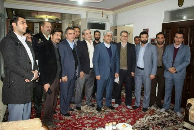 جمعی از مسئولان شهریار ضمن حضور در شهر فردوسیه با دو تن از جانبازان این شهر دیدار کردند
