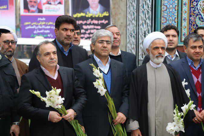 مزار شهدای شهریار توسط دکتر مجید انصاری، معاون حقوقی ریاست جمهور گلباران شد