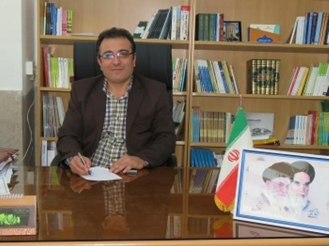 معاون توسعه پژوهش و آموزش نیروی انسانی شهریار قلی پور