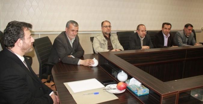 دیدار فرماندار شهرستان قدس با اعضای شورای نگهبان و سر ناظرین هئیت نظارت بر انتخابات