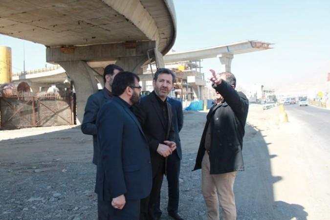 بازدید فرماندار شهرستان قدس از پیشرفت پل غیر همسطح و بیمارستان 160 تختخوابی شهرستان