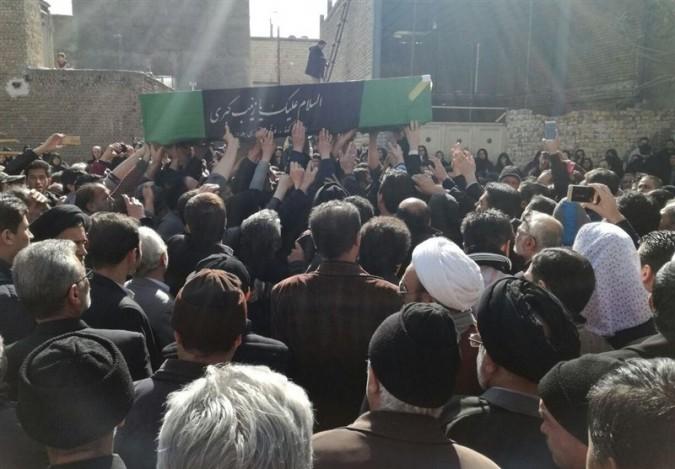 پیکر پاک شهید مدافع در ملارد تشییع شد