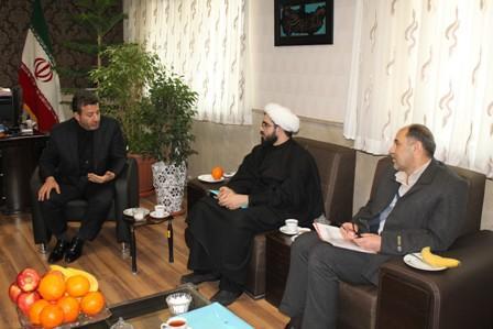 دیدار مدیر کل کتابخانه های عمومی استان تهران با فرماندار شهرستان قدس