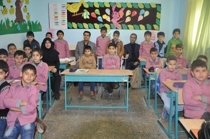 بازدید سرزده مدیر آموزش وپرورش شهریار از مدارس