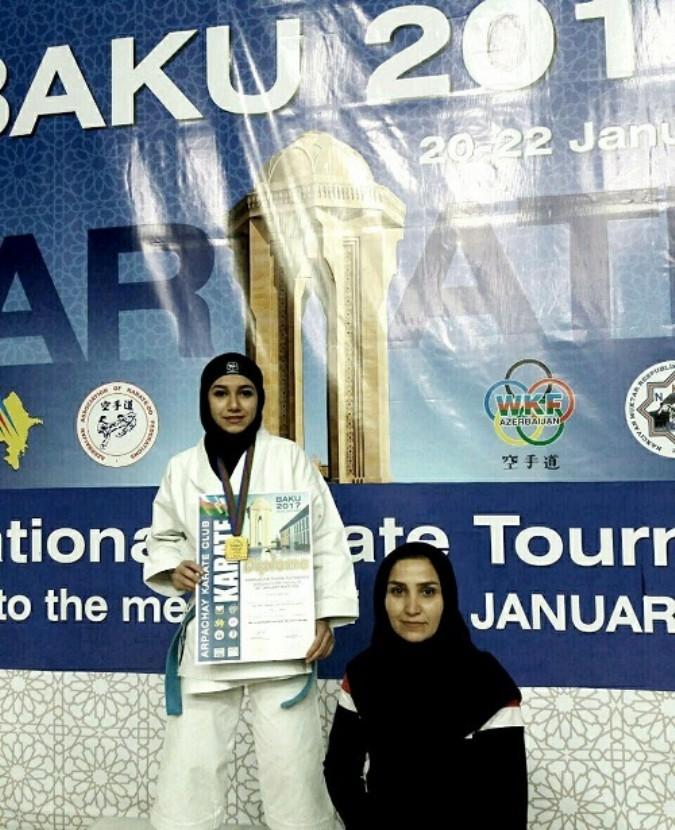 کسب مقام قهرمانی دانش آموز شهریاری در مسابقات بین المللی آذربایجان در رشته کاتا