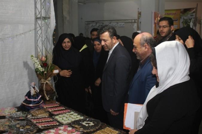 اولین بازارچه نوروزی بانوی قدسی در شهرستان قدس افتتاح شد