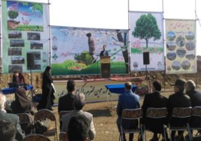 مراسم روز درختکاری همزمان با سراسر کشور در روز یکشنبه 95/12/15 در شهرستان قدس برگزار شد