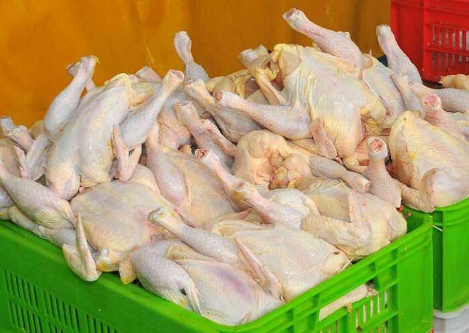 گرانفروشی مرغ ۳۶۲۵ تومان بالاتر از نرخ ستاد تنظیم بازار