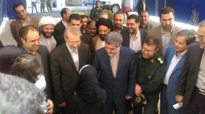 علی لاریجانی، رئیس مجلس شورای اسلامی به منظور افتتاح دومین آمفی تئاتر مجهز کشور وارد شهر قدس شد
