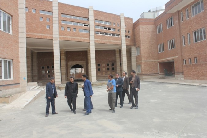 بازدید فرماندار از پروژه های عمرانی آموزش و پرورش شهرستان قدس