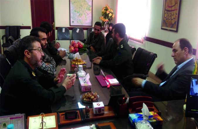 دیدار معاون سیاسی فرمانداری به مناسبت روز پاسدار با فرماندهی سپاه شهرستان قدس