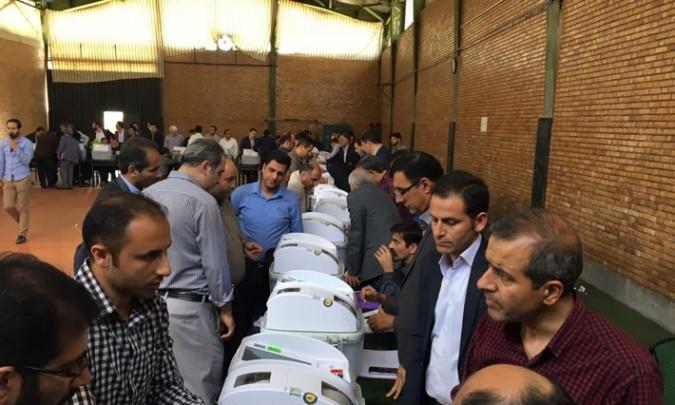 کارگاه علمی آموزشی دستگاههای تمام الکترونیک اخذ رأی در فرمانداری شهرستان شهریار برگزار شد