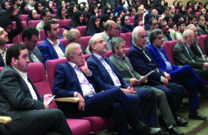 حضور بازرسین شعب اخذ رای شهرستان قدس در گردهمایی بازرسین و نمایندگان فرماندار در وزارت کشور