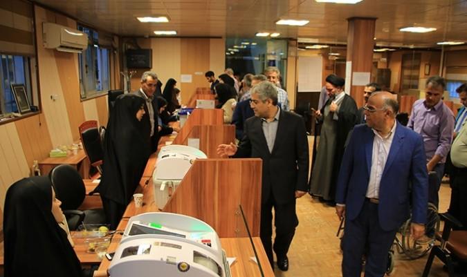 بازدید دکتر ناجی از شعب اخذ رای در شهرستان شهریار