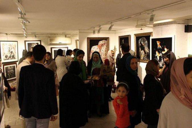 افتتاح نمایشگاه گروهی هنرجویان آموزشگاه کاغذ کاهی شهرستان شهریار