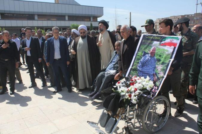 مراسم تشییع و تدفین پیکر پاک و مطهر جانباز ۷۰درصد شهید رضا علی سلطانی در شهر اندیشه برگزار شد