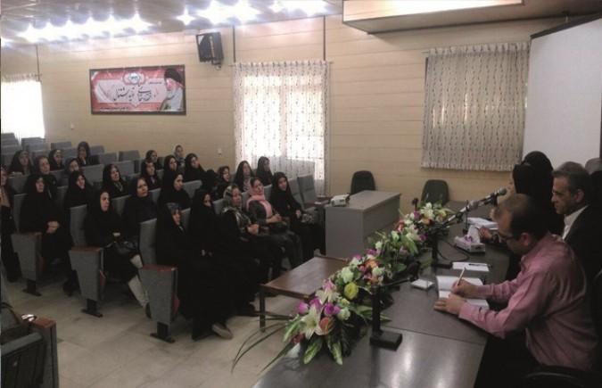 برگزاری همایش قالیبافان شهرستان قدس