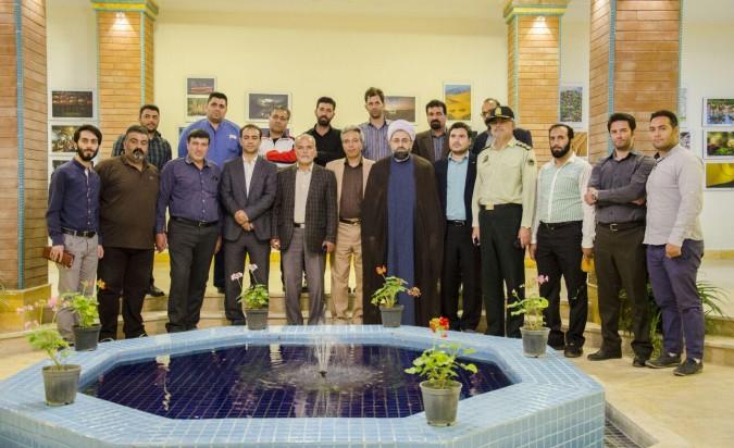 بازدید جمعی از اعضای شورای فرهنگ عمومی شهرستان شهریار از چهارمین نمایشگاه جشنواره عکس بین المللی خیام