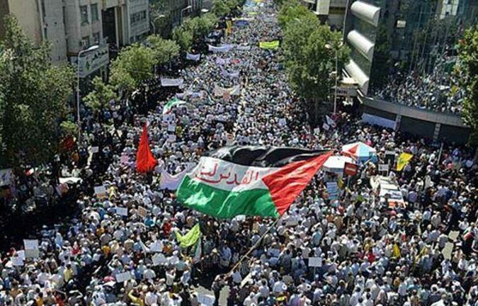 شرکت خانوادهای شاهد و ایثارگران شهریار در راهپیمایی سراسری روز قدس