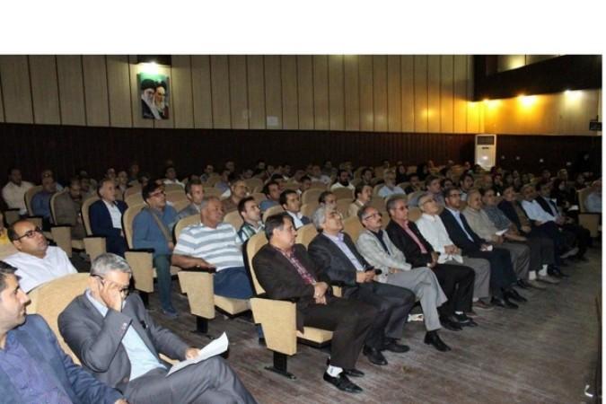 همایش آسیبشناسی انتخابات شوراها در شهرستان شهریار برگزار شد