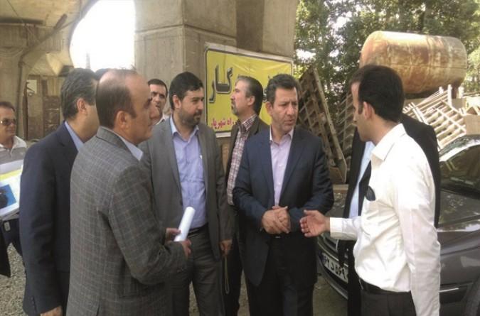 بازدید مدیر کل راه و شهرسازی استان تهران از پل ورودی شهر قدس