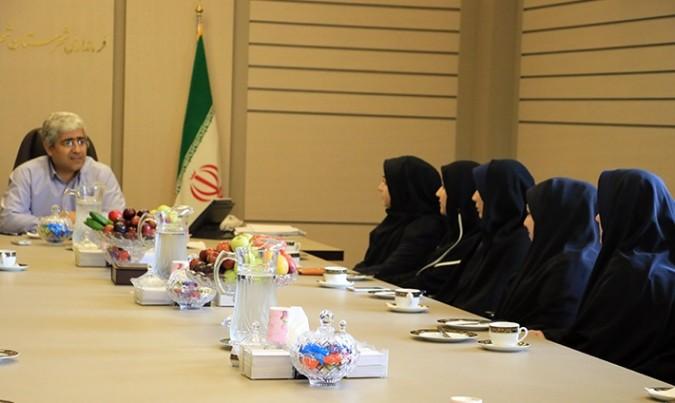نشست مشترک دکتر ناجی با بانوان کارمند فرمانداری شهرستان شهریار برگزار شد