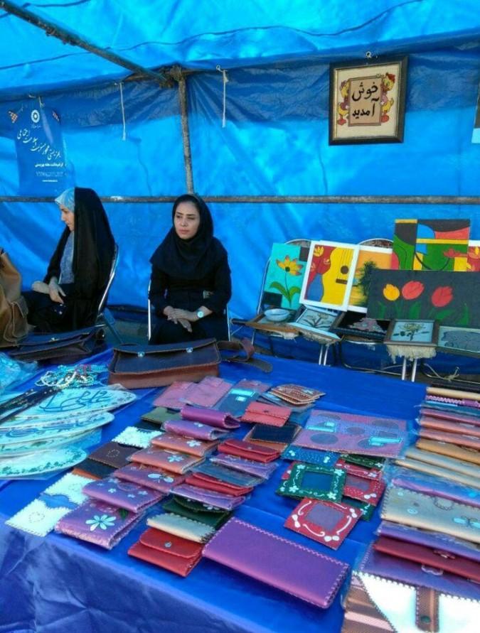 نمایشگاه دستاوردهای مددجویان به مناسبت هفته بهزیستی در شهرستان ملارد