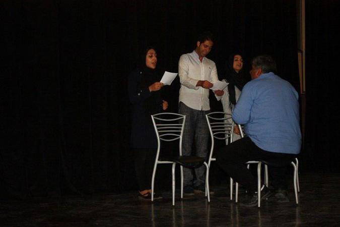بازبینی نمایش «هتل طهرون» در شهرستان شهریار